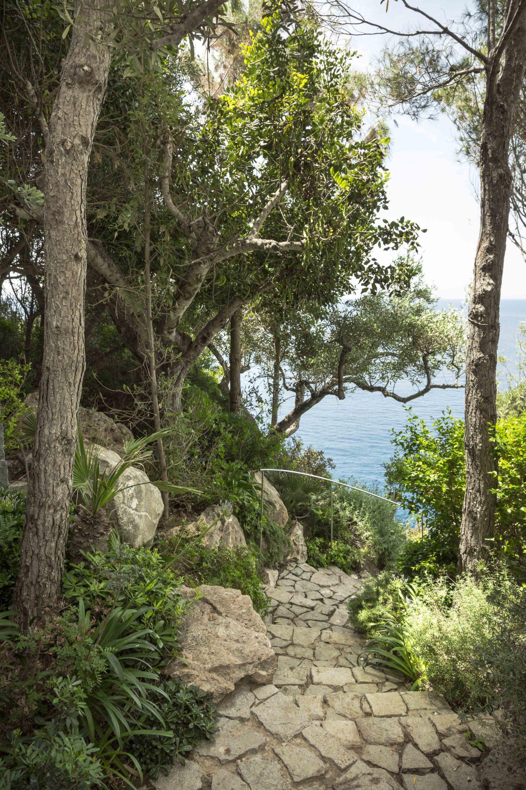 green-cliffs11